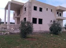 1 - 5 years old Villa for sale in Irbid