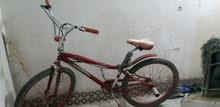 دراجه هوائيه للبيع نظيفه جدا كفرات جدد مقاص 26 بابيعها ب 300 ريال