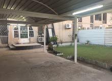 شقة ارضية نظيفة للبيع  ثلاث غرف نوم/حي السلام