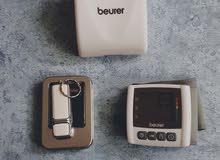 جهاز قياس ضغط الدم إلكتروني
