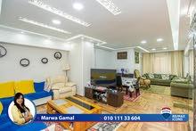 شقة مرخصة للبيع 115م رشدي (علي ش ابو قير مباشرة )