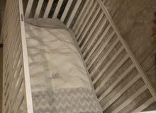 سرير طفل للبيع من سنتربوينت(استعمال خفيف)