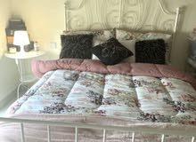 سرير ابيض كوين من ايكيا white duble bed from ikea 160/200