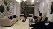 شقة للايجار اليومي او الشهري او الاسبوعي  - في عبدون - فخمة