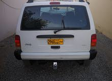 Jeep Cherokee 1999 For sale - White color