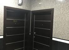 شقة فاخرة للايجار مع غرفة خاصة للسائق وقاعة مناسبات خاصة