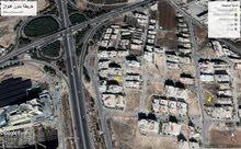 قطعة ارض مميزة في البنيات  مقابل جامعة البتراء للبيع - تصلح بناء خاص او اسكان bbb - 4552