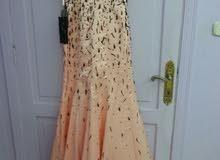 فستان سهرة جديدة غير ملبوسة