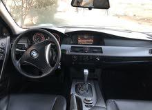 سيارة BMW 520 E60