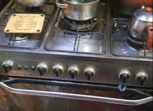 طباخ مستعمل كبير فرن شغال نوع فرش طباخ جيد جدا
