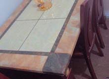 طاولة اكل رخام