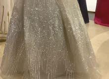فستان للسهرات او الخطبة