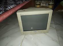 شاشتين كمبيوتر للبيع او البدل