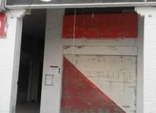محل تجاري بموقع مميز وحيوي على البوابة الشمالية لجامعة مؤتة
