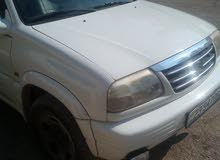 White Suzuki Grand Vitara 2000 for sale