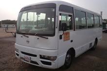 نيسان حافلة 2011