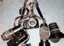 كاميرا كانون 550 D مع ملحقاتها