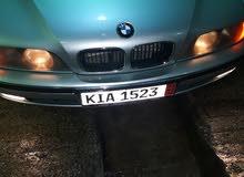 BMW فيه خامسه بحاله جيده سياره تبي مازتوري يمن