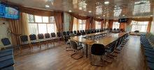 مكاتب مع الاثاث وقاعة تدريب للايجار في حده