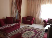 شقة للايجار بالعبور قرب شارع   الزهور مفروش 2500ج