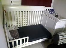 سرير اطفال هديه بحاله جيده