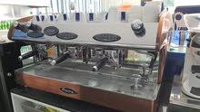 ماكينه قهوة مع طحانه استخدام شهر فقط