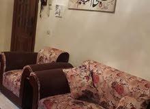 منزل سكني ممتاز متوسط دورين مفصولات في سوق الجمعه منطقة السوالم