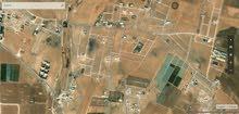 ارض للبيع ابو دبوس مساحة 600 متر على شارعين