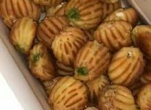 معلم حلويات شرقية يعطي دورات تدريبية على بلح الشام الهش المحشي