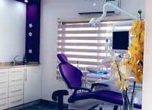 مطلوب طبيبة أو طبيب أسنان
