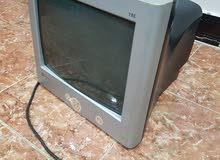 شاشة كومبيوتر(حاسبة قديمه) بحاله جيده