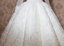 فستان زفاف راقي جدا