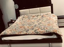 غرفة نوم للبيع بسبب السفر