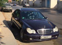 Available for sale! +200,000 km mileage Mercedes Benz C 300 2003