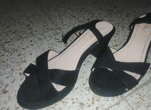 sandal talent noire