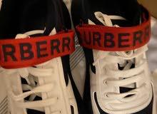 حذاء بيربري جديد