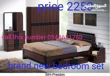 للبيع غرفه نوم جديده غرف نوم جديده قويه متوفره باللون الأسود