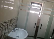 شقة ارضية 120م مع بلكونة بسعر مغري في ابو علندا الجديدة