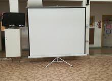 شاشات بروجكتور جميع الأحجام والأنواع screen projection