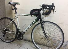 للبيع دراجة هوائية نوع schwinn volare 1300