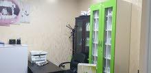 مكتب تجاري في شارع وصفي التل