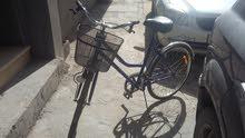 دراجة هوائية شبه جديدة