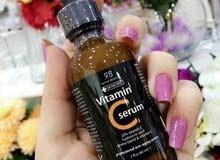فوائد سيروم فيتامين سي الاصلي   يصف فيتامين سي بأنه أحد أفضل المكونات المضادة ل