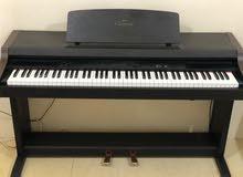 بيانو ياماها ( كلافينوفا ) لبيع
