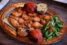 شيف رئيسي خبرة بالمطبخ لبناني
