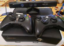 اكس بوكس  360 Xbox  شبه جديد كامل 2 يدين وكاميرا