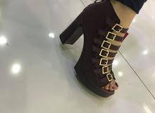 حذاء كعب نسائي