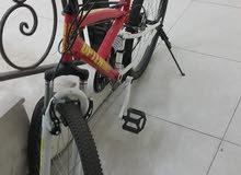 دراجة شبه جديدة