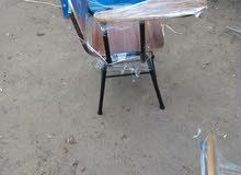 كرسي مدرسي جمله مفرد وكراسي خشب صاج ضهر ومقعد مقوس و اكو خدمه توصيل من المعمل ل