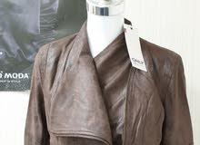 للبيع وباسعار منافسة ستوكات ملابس جاهزة جديدة ماركات عالمية اصلية